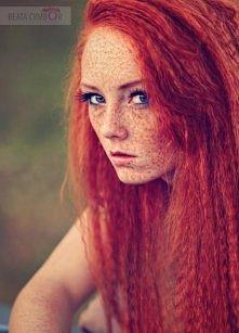 uwielbiam rudości ;> podobno w modelingu/fotomodelingu z każdej wady można...
