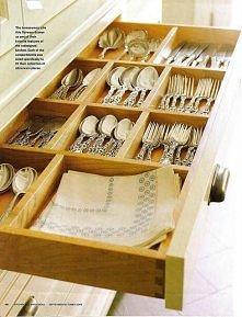 Tydzień 27: Przechowywanie srebrnych sztućców w jadalni / na zorganizowana.com
