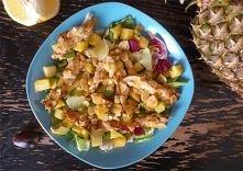 Nietypowa sałatka z kurczakiem w migdałach    Składniki na dwie porcje:      ...