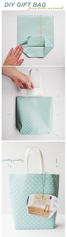 własnoręcznie zrobiona torebka na prezent