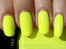 upolowałam neonowy żółty lakier do paznokci !