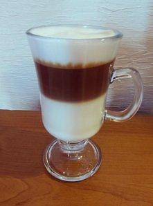 Kawa latte (+ bardzo łatwy przepis)  Napiszę Wam krok po kroku, jak przygotow...