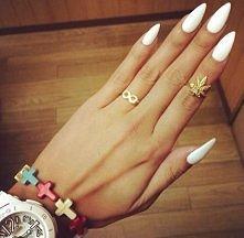 białe pazurki :)