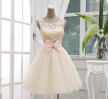 Sliczna koronkowa sukienka (500zl)