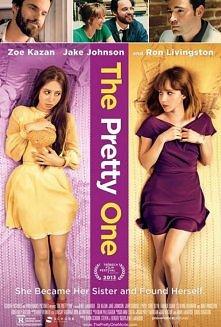 Ślicznotka (2013)  Laurel zawsze była dziwna, nie pasująca do reszty i wybierając życie w domu, razem z ojcem, podczas gdy jej czarująca siostra bliźniaczka, Audrey, pewna siebi...