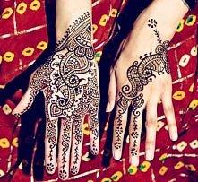 Co sądzicie o tatuażach z henny? Długo się trzymają?