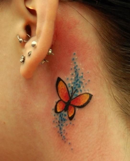 Motyl Tatuaż Za Uchem Na Ciekawe Tatuaże Zszywkapl
