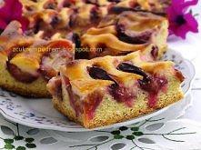 """ciasto ze śliwkami i zalewą śmietanową  """"Jeśli lubicie wilgotne, maślane ciasta z dużą ilością owoców, to ciacho jest dla Was ! :) Szybko powstaje i szybko znika, a jak pac..."""