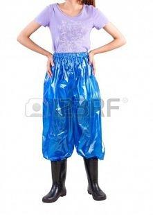 UWAGA! Dziewczyny potrzebuje waszej pomocy! Chcę kupić takie spodnie lecz nigdzie nie mogę ich znaleźć. Jeśli któraś z wasz może mi pomóc będę bardzo wdzięczna ;)