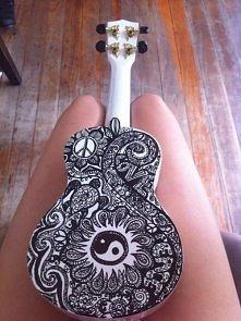 Pomysł na ozdobienie gitary.