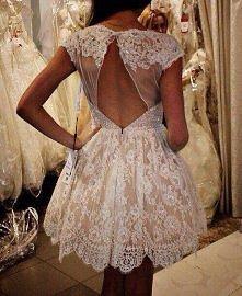 Czy krótka suknia ślubna wchodzi w grę? Czy wolicie klasyczną długą?