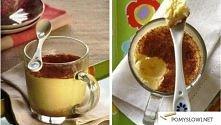 szybki sernik z mikrofalówki . Ciastka (posiekane na drobno - 1/2 szklanki.(Około 50 g),  masło (stopione) - 2 łyżki l serek homogenizowany - 120 g  śmietany - 120 g  jaj - 1 sz...