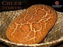 chleb tygrysi Zaczyn: 90 g mąki 55 ml wody 7 g drożdży instant 2 łyżeczki cukru 1/4 łyżeczka soli  Ciasto na chleb: cały zaczyn 500 g mąki pszennej 100 g ciepłej wody 230 g ciep...
