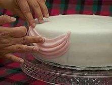 Tons of cake tutorials, thi...