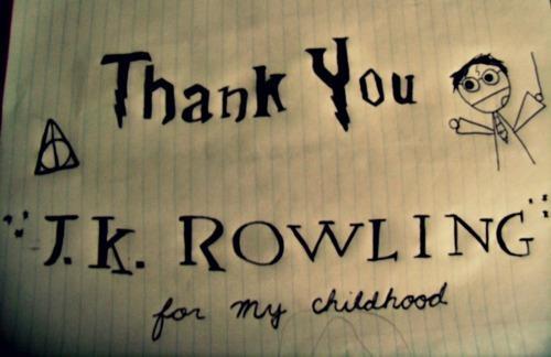 Wszyscy Potterheads dziękujmy! Różdżki w górę!  /*