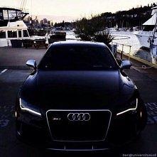 Audi RS7 *__*