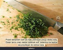 Co zrobić, aby zielenina nie przyklejała się do noża?