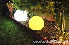 Świecące kule Terra. Steruj kolorami kuli za pomocą bezprzewodowego pilota. Do kupienia na LEDco.pl