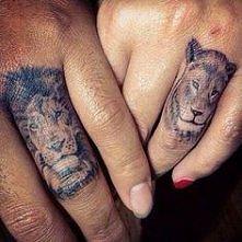 tatuaż pierścionek :)