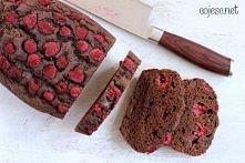 dietetyczne ciasto z malinami bez cukru i tłuszczu