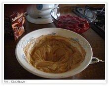 krem cappuccino Składniki kremu cappucino: 600 - 700 ml śmietany kremówki 36% 2 - 3 łyżki cukru pudru 1 op. Mokate Cappuccino o smaku czekoladowym (120 g) 1 tabliczka czekolady ...