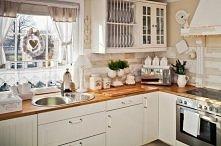 Planuję niedługo zrobić remont kuchni. Myślałam nad meblami z IKEI (coś w stylu jak tu na zdjęciu). Wolę kuchnie retro, niż nowoczesne. Może Wy macie jakieś pomysły, rady, albo ...