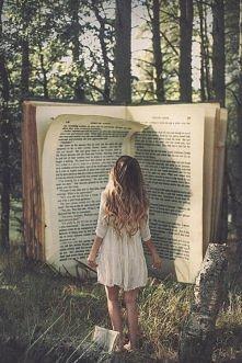 Jesień już jest, co oznacza u wielu z nas samotne wieczory+ciepły napój+książka.