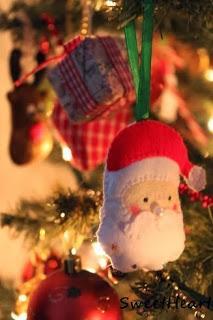 Przyjmuję zamówienia na ozdoby świąteczne z filcu :) Zapraszam na mojego bloga - kliknij w zdjęcie :)