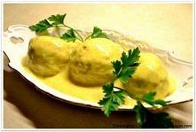 Pulpety opiekane z suszoną śliwką w sosie curry Meatballs baked with dried plums in curry sauce
