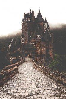 Zamek Eltz, Niemcy