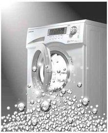 Często zapominamy o tym, że o pralkę także trzeba dbać. W bębnie pralki pozostają osady brudu i kamienia, których należy się pozbyć. Raz na jakiś czas zadbaj o swoją pralkę w na...