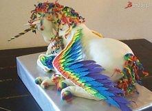 niesamowity tort