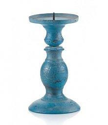 Niebieski metalowy świecznik
