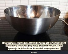 Dlaczego potrawy mają metaliczny smak?