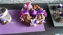 stroik z szyszek na stół