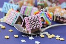 miniaturowe domki z piernika