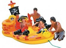 Okręt piracki - basenik