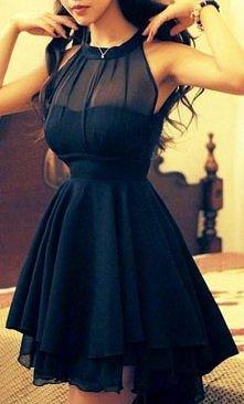 Potrzebuję bardzo ładnej sukienki. Znacie może jakieś strony ze ślicznymi sukienkami a może jakieś sklepy?