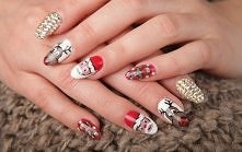 Wigilijny manicure