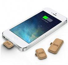 Miniaturowe baterie. Oto rozwiązanie problemów z baterią w smartfonach. Podłączone do naszego smartfona może go ,uratować, i dać mu energię na - zależy od wielkości -2,4 lub 6 g...