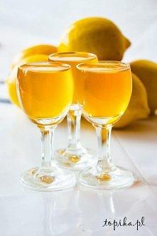 Składniki:  500 ml miodu, 500 ml spirytusu, 500 ml soku z cytryny.   Z wymyty...