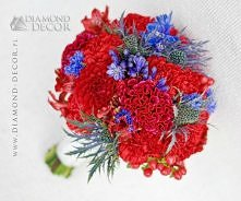 Bukiet ślubny - czerwień z niebieskim