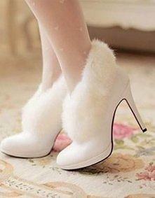 Zimowe buty ślubne