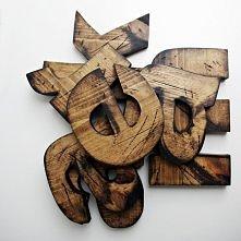 Drewniane literki to fantastyczny pomysł na prezent! Trwały, z serca! Mała podpowiedź: Co powiecie na prezent dla waszego chłopaka w postaci waszego inicjału! bogatewnetrza.pl k...