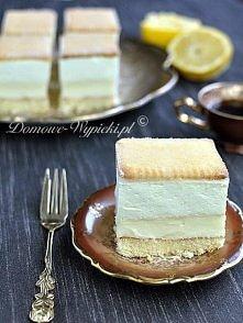 Ciasto cytrynowe Składniki: Biszkopt: 3 jajka 60g mąki pszennej 60g mąki ziemniaczanej 100g cukru ½ łyżeczki proszku do pieczenia 1 łyżka wody Poncz: ½ szklanki wody trochę soku...