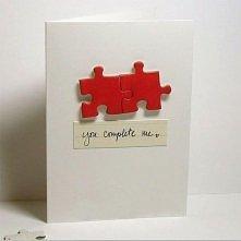 Prosta i skromna za razem kartka idealna na walentynki :) mnie podoba się bardzo :)