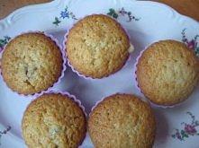 Ciasto podstawowe na muffinki - 2 szklanki mąki - 1 szklanka cukru - 2 łyżecz...