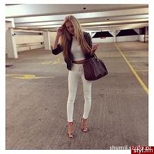 białe spodnie od shumii z 8 grudnia - najlepsze stylizacje i ciuszki