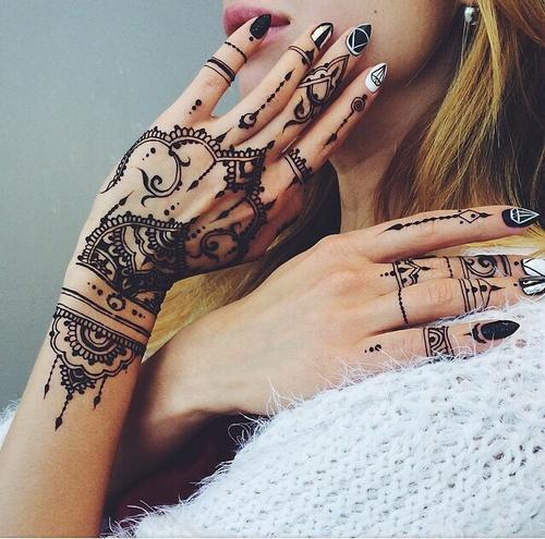 Podoba Wam Się Taki Tatuaż Dziewczyny Na Tattoo