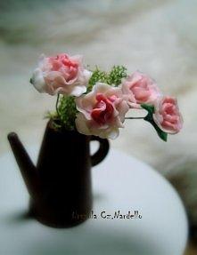 modelowane kwiatki 1:12